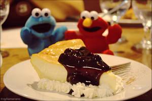 Cheesecake Buddies by qylie