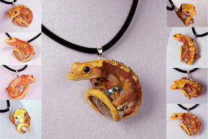 Victor Tango Crestie Necklace by IllusionTree
