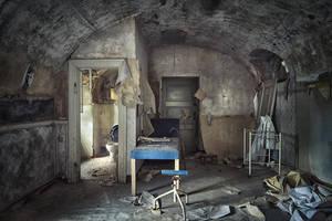 examination room by schnotte