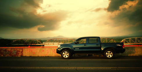 Toyota Tacoma. by Aparicio94