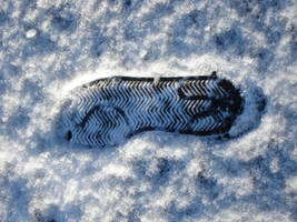 Footstep in the snow by lille-cp