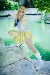 Sailor Venus by HollyGloha