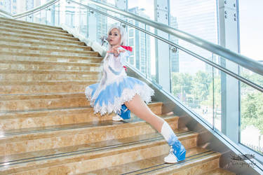 Weiss Schnee On Target by HollyGloha