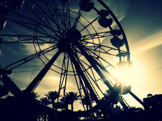 Farris Wheel by BeautyInTheDirt