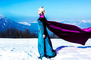 Can t hold it back anymore - Queen Elsa Frozen by FrancescaMisa