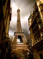 eiffel tower by suzieann