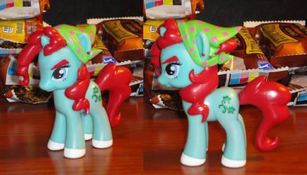 Snowdrop Finished Pony by OtakuSquirrel