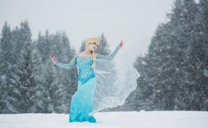 Elsa by Lily-on-the-moon