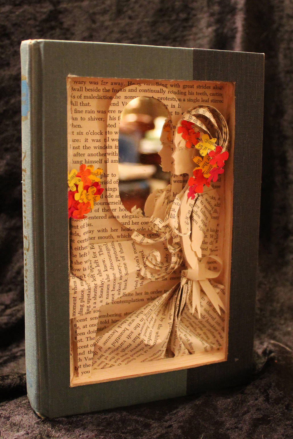 madam_bovary_book_sculpture_by_wetcanvas_d5v6xqy-fullview.jpg