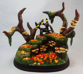 Umbreon in the Autumn Forest by KinokoKoneko