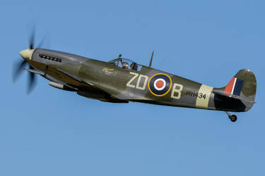 Supermarine Spitfire LF.IXb by Daniel-Wales-Images