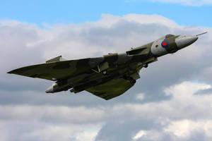 Avro Vulcan B2 by Daniel-Wales-Images