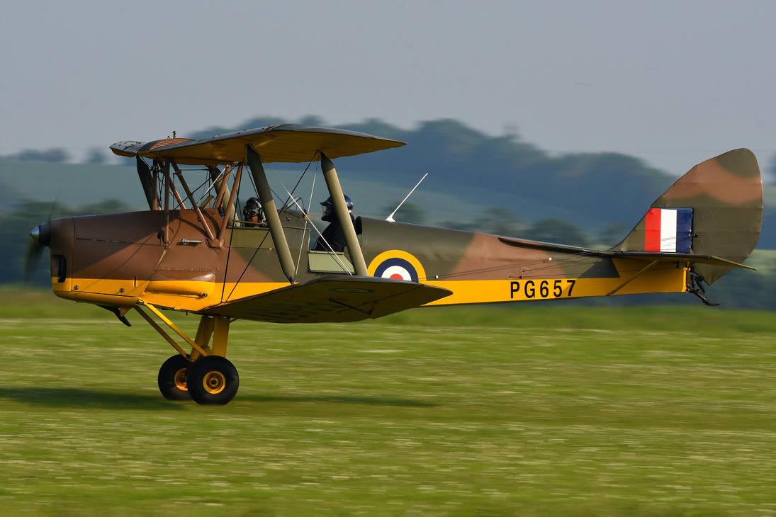 de Havilland DH.82a Tiger Moth by Daniel-Wales-Images