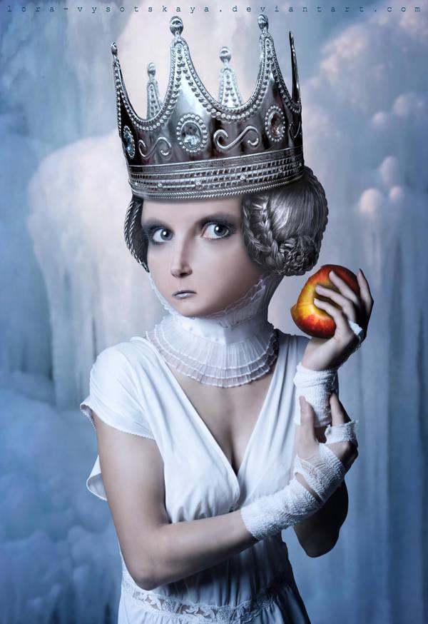 Royal Apple by Lora-Vysotskaya