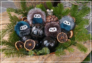 Seasonal Greetings from the owls! by demiveemon