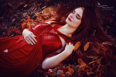 Mabon - Lady Autumn by LucreciaMortishia