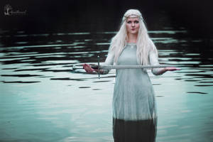 Lady of the lake .... by LucreciaMortishia