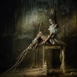 MAGIC LANTERN by Gesell