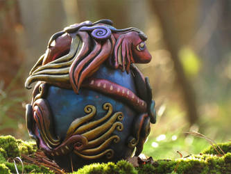 Crimson Dragon Egg by kaikaku