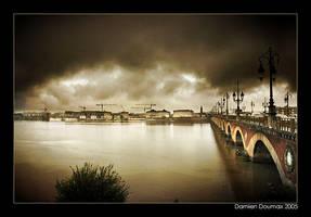 Rainy day in Bordeaux by kil1k