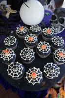 Halloween Cup-cakes by Verusca
