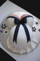Pregnant Cake by Verusca
