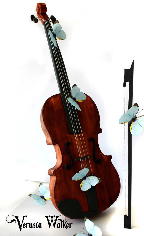 3D Violin Cake (Original Version) by Verusca