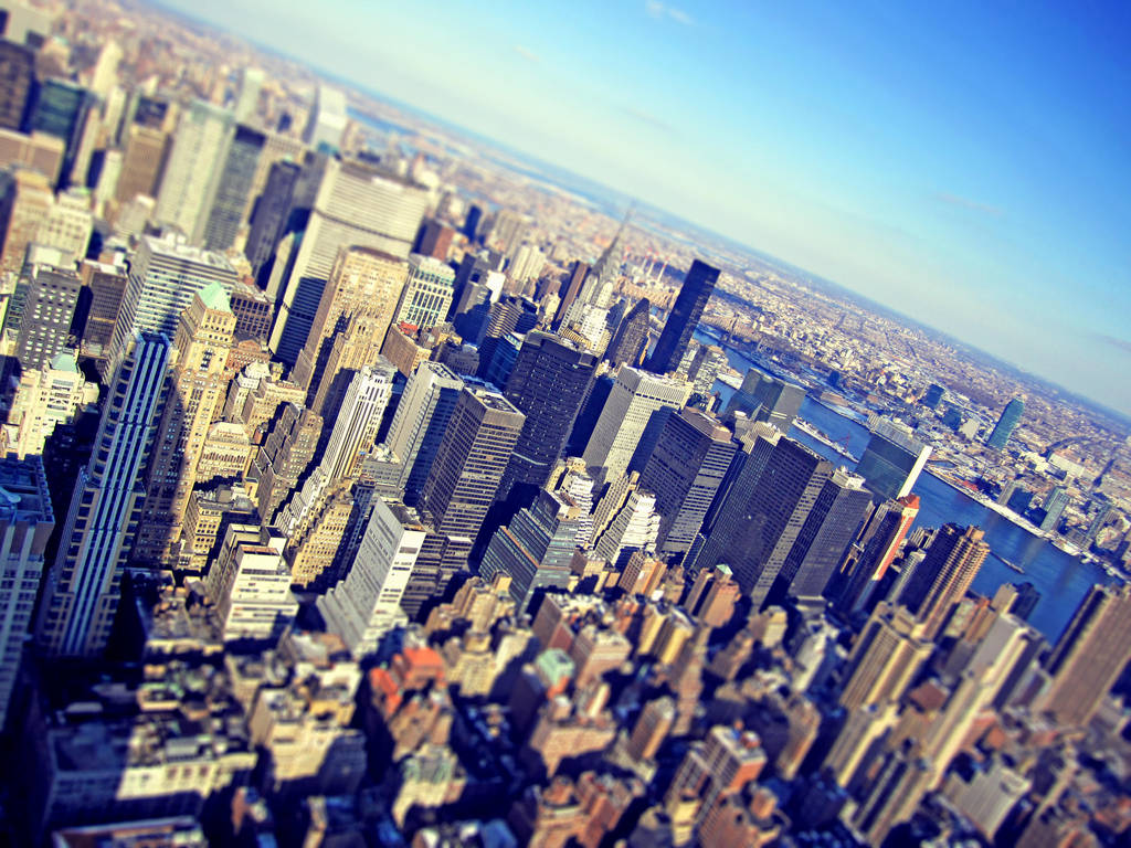 Little Big Apple by burthefly