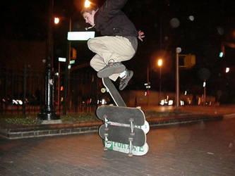 Skateboarding in Brooklyn NY by halfliquid