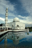 Tengku Tengah Zaharah Mosque by l23456789