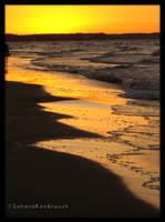 Beneath an orange sky by SaharaKnoblauch