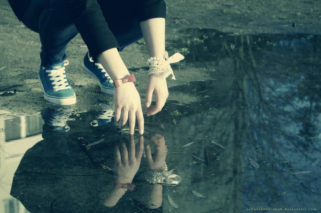 reflection by SaharaKnoblauch