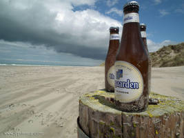 Beers on beach by jypdesign
