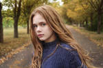 Autumn girl by L1993