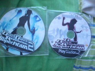 ddr's SUPERNOVA 1-2 by thekrissia