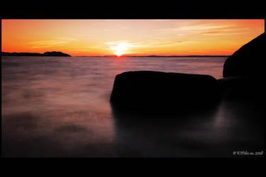 Smoky sunset by mercyop