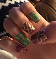 Christmas Nails  by swiftcross