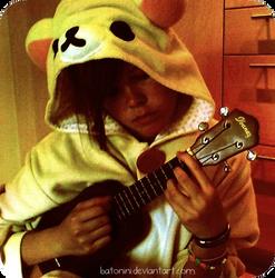 Korilakkuma luffs ukulele by Batonini