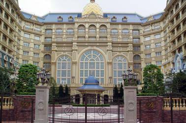 Tokyo Disneyland Hotel by lokifan123