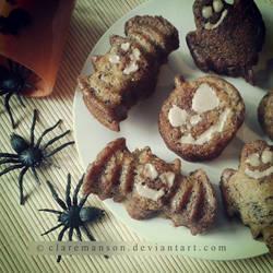 Banana and Cinnamon Halloween Cakes by claremanson