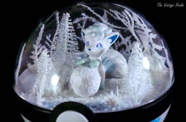Poke Ball Terrarium - Winter Wonderland Vulpix by TheVintageRealm