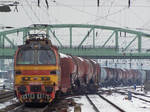 240 083-6 w. freight -Komarom by MorpheusPhotoworks