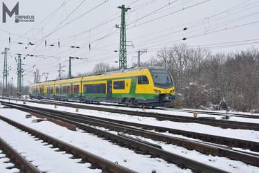 435 503 in Hegyeshalom station by MorpheusPhotoworks