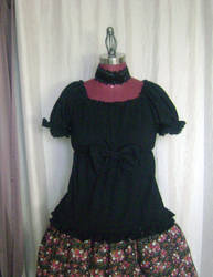 Black Cutsew Top by monarch-lolita