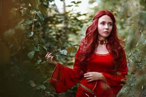 Melisandre cosplay (Game of Thrones) by palewinterrose