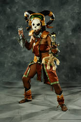 Diablo 3 Cosplay: The Witch Doctor by MakeupSiren