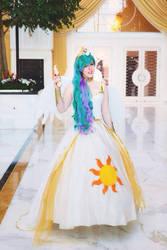 Princess Celestia- Hall shot by MintyBlitzz