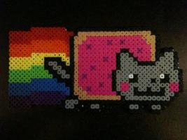 Nyan Cat perler by Birdseednerd