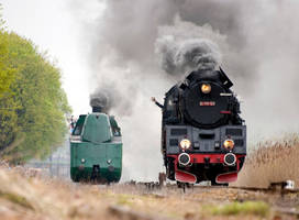 locomotive and the iron by drangnel