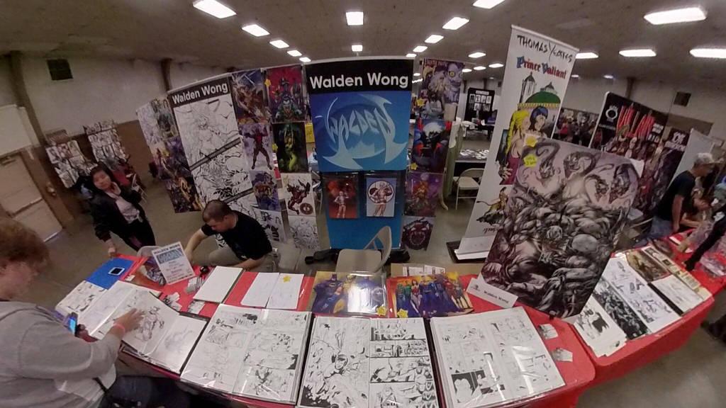 California Republic Comic Con  by WaldenWong